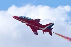 красный цвет хоука стрелки Стоковая Фотография
