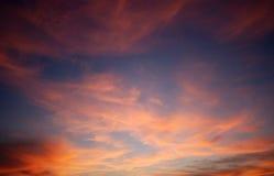 красный цвет цвета cloudscape Стоковое фото RF