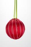 Красный цвет шарика орнамента рождества домодельный Стоковое фото RF