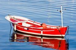 красный цвет шлюпки Стоковое Изображение RF