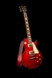 красный цвет электрической гитары Стоковые Фото