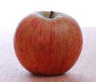 красный цвет яблока одного Стоковые Изображения RF
