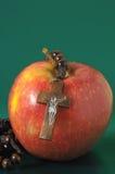 Красный цвет Яблоко греха Ева библии Стоковое Фото