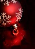 красный цвет bauble Стоковые Изображения RF