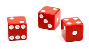 Красный цвет 3 dices на белой предпосылке Стоковые Фото