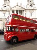 красный цвет london шины Стоковое Фото