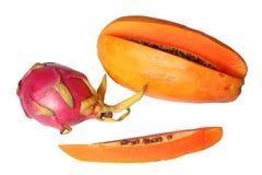 красный цвет pitaya папапайи плодоовощ дракона Стоковое Фото