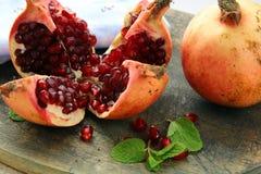 красный цвет pomegranate плодоовощ Стоковые Фото