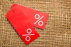 Красный ярлык цены с знаком процентов Стоковое Изображение