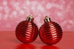 2 красных античных орнамента рождества Стоковые Изображения