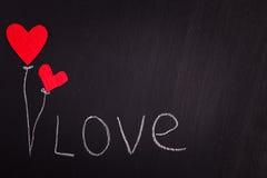 2 красных бумажных сердца на день валентинки классн классного Стоковое Изображение RF