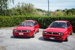 2 красных винтажных автомобиля перепада Lancia Стоковая Фотография