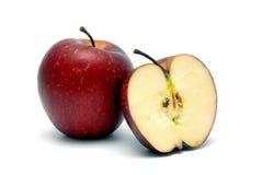 2 красных зрелых яблока Стоковая Фотография