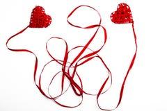 2 красных сердца валентинки Стоковая Фотография