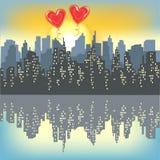 2 красных шарика геля на силуэте большого города Яркое небо утра Восходящее солнце Город отражен в воде r бесплатная иллюстрация