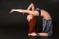 Красн-возглавленное bellydancer Стоковое Изображение RF