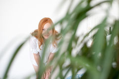 Красн-с волосами женщина Стоковая Фотография