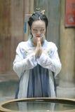 Красота китайской классики в традиционном платье Hanfu делает желание Стоковая Фотография RF