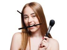 Красота, косметики, женщина с щетками состава Стоковые Фотографии RF