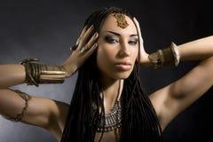 Красота моды и стильные волосы Состав Красивая сексуальная женщина w Стоковые Фото