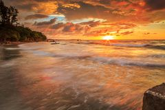 Красота пляжа Kiamsam несравнена, остров Labuan Стоковое Фото