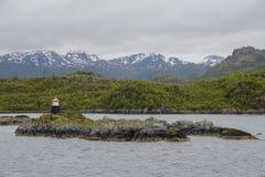 Красота северных гор и океана Норвегии Стоковое Изображение RF