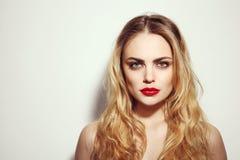 Красота с красными губами Стоковая Фотография