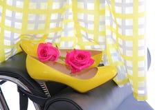 Красотка и способ Причудливое платье способ высокий Стоковое Фото