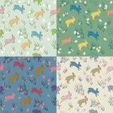 Красочная безшовная картина пасхи пастельная установила с кроликами, яичками Стоковое Фото