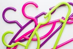 Красочная вешалка одежд Стоковое Фото