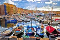 Красочная гавань St Tropez на взгляде Коута d Azur стоковое фото rf