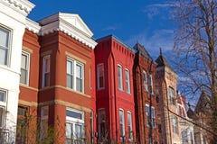 Красочная городская архитектура пригородного DC Вашингтона, США Стоковые Фотографии RF