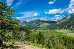 Красочная долина горы лета Перемещение к скалистым горам Колорадо Стоковые Изображения RF
