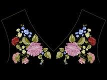 Красочная картина neckline тенденции с пионами, розами и забывает m Стоковая Фотография