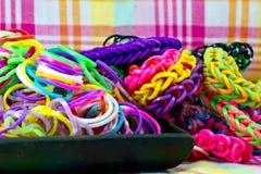 Красочная мода круглых резинк браслета тени радуги Стоковое Изображение RF