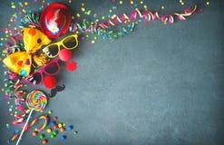 Красочная предпосылка дня рождения или масленицы Стоковая Фотография