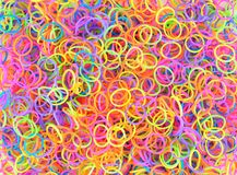 Красочная радуга предпосылки красит тень круглых резинк Стоковое Изображение RF