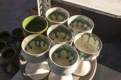 Красочная серия керамической вазы стоковая фотография rf