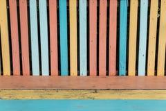 Красочная старая выдержанная деревянная текстура стелюги стула Стоковое Фото