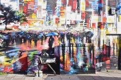 Красочное искусство улицы граффити в городок Лондоне, Camden Стоковые Изображения