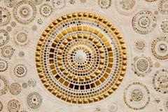 Красочное керамическое украшение картины при камешки сделанные от pebbl Стоковые Фото