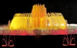 Красочное освещение Montjuic фонтана в Барселоне Стоковая Фотография RF