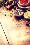 Красочное смешивание различных специй и трав Стоковое Фото