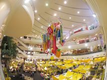 Красочное украшение залы с желтой едой глохнет в фестивале еды на моле Bangkapi стоковые фотографии rf
