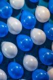 Красочное Baloons, белизна и синь Стоковые Фотографии RF