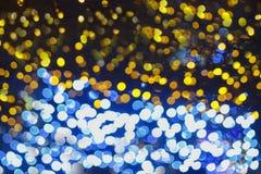 Красочное bokeh резюмирует светлые предпосылки, запачканные света на праздник света ночи рождества стоковые фото