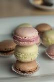 Красочное Macaron в конце вверх стоковое фото