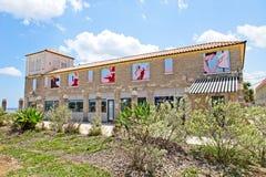 Красочно украшенное здание на пристани пляжа Августина Блаженного в графстве Флориде США St. Johns Стоковое Изображение