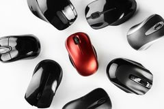 Красочные беспроволочные mouses изолированные на белой предпосылке Стоковое Фото