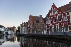 Красочные дома в Brugge стоковая фотография rf